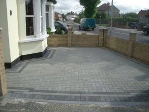 customer enquiry for patios & driveway paving Footscray