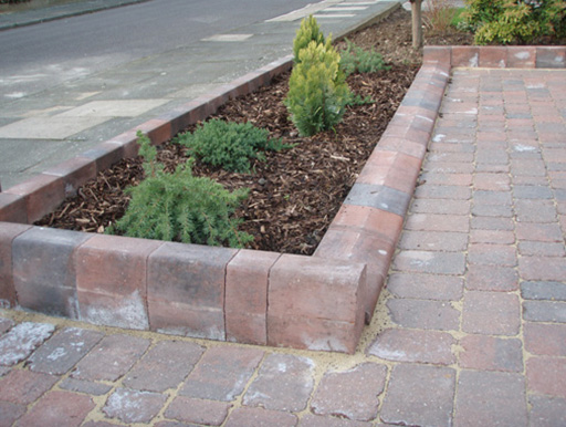 driveway paving and edging