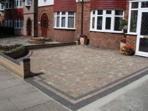 walling and driveway paving using block paving
